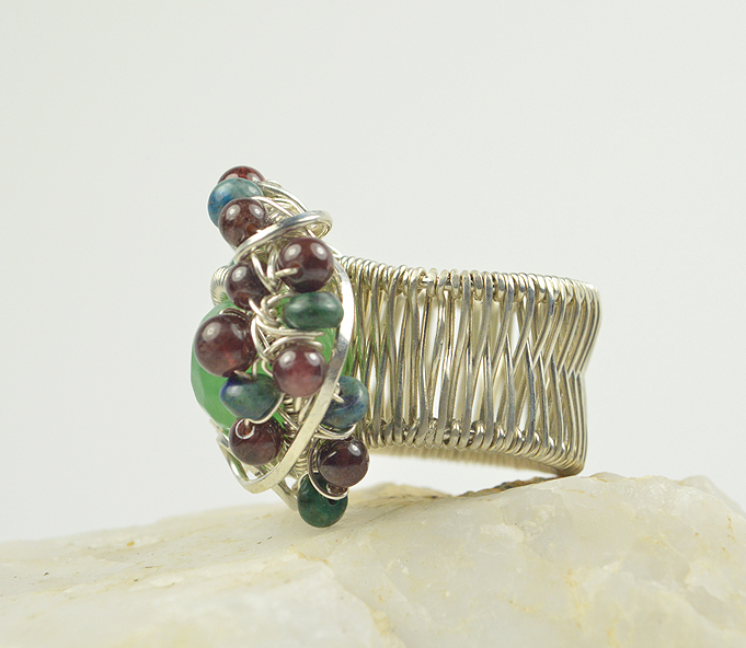 aventurine_faceted_wirewrapped_band_thmb2
